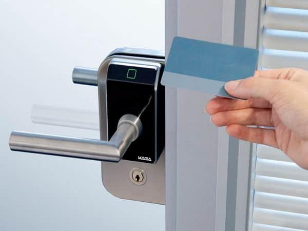 замочная система для двери