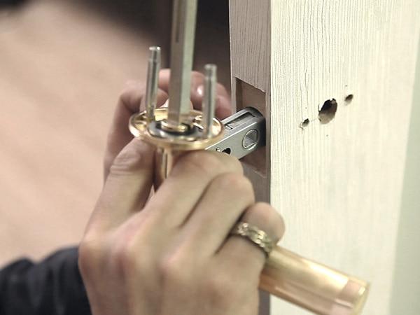 Разбор дверной ручки